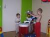 In onze nieuwe keuken spelen!